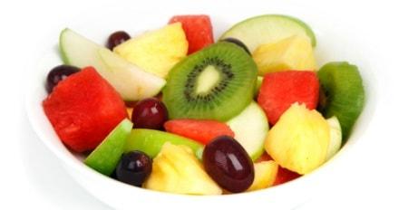 Las frutas de temporada en España son aquellas que logramos encontrar con mayor facilidad y abundancia en cierta época del año.
